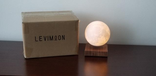 Levimoon 懸浮月球燈9