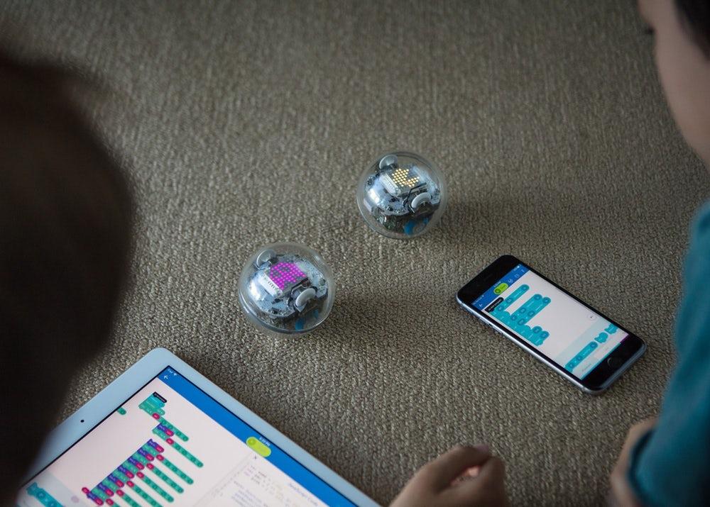 12美國 Sphero BOLT 教育機械旋轉球