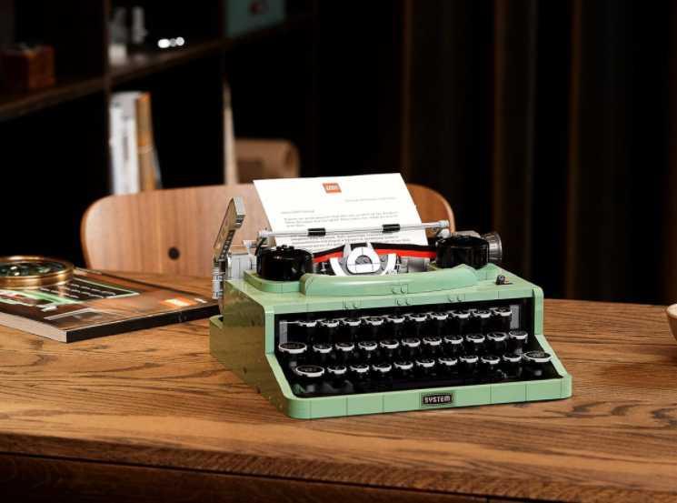 LEGO 做的打字機!?